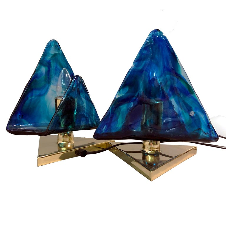 Nice excellent condition pair of nightstand or side table lights.