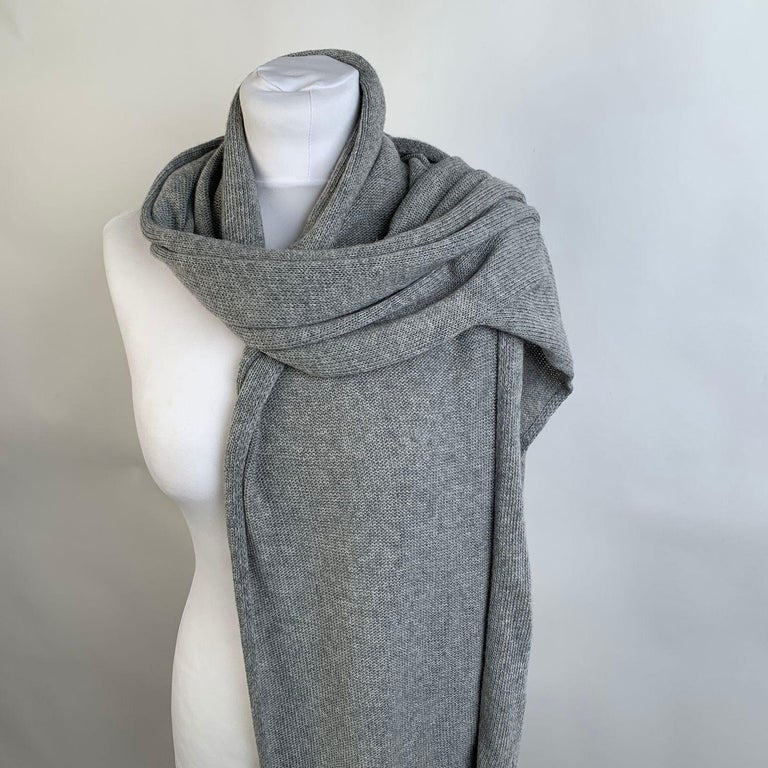 Blumarine Light Gray Knit Wrap Scarf with Rhinestones In Excellent Condition For Sale In Rome, Rome