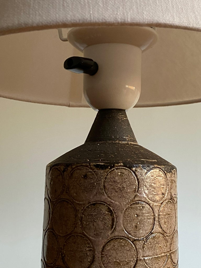 Swedish Bo Bergström, Table Lamp, Painted Stoneware, for Svensk Form, Sweden, 1950s For Sale