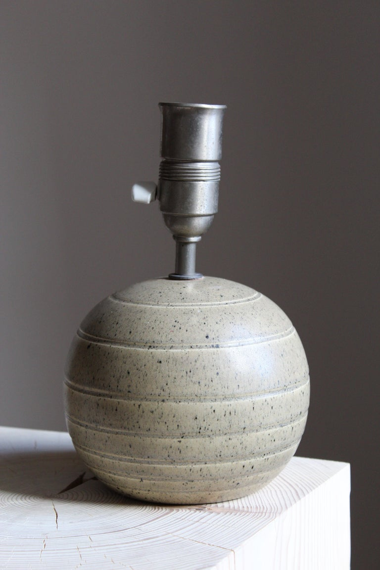 Bo Fajans, Table Lamp, Grey Glazed Stoneware, Sweden, 1930s In Good Condition For Sale In West Palm Beach, FL