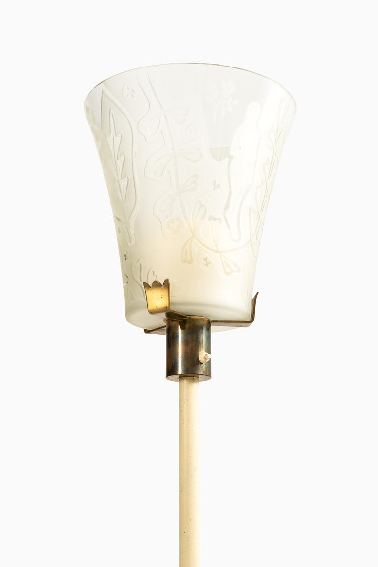 Very rare floor lamp designed by Bo Notini. Produced by Glössner & Co. in Sweden.