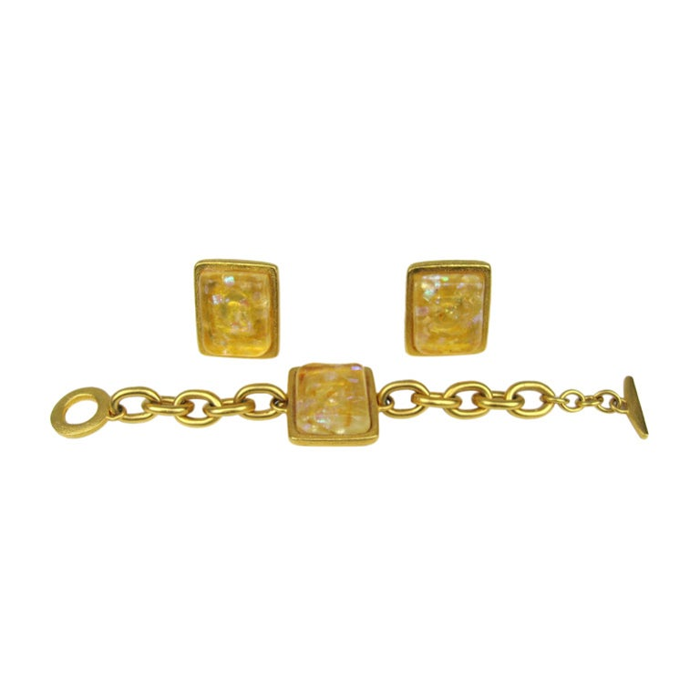 Bob House Gold Speckle Glass Bracelet & Earrings set For Sale