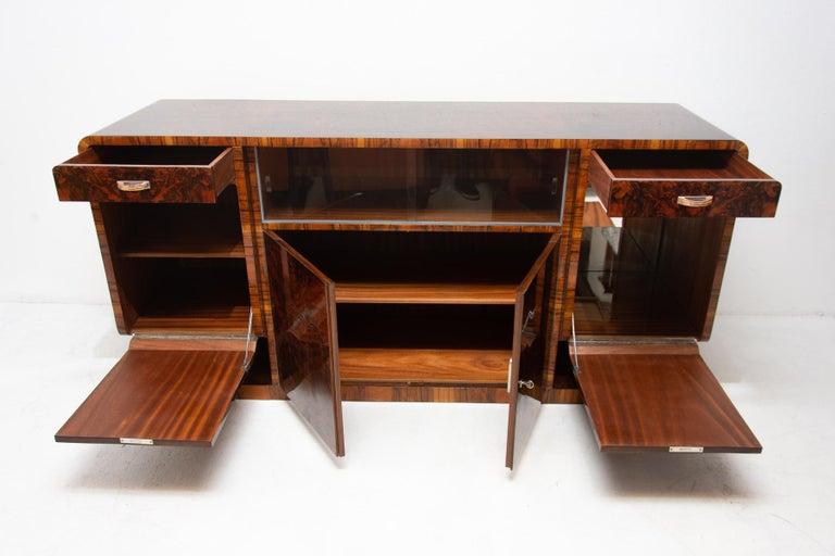 Bohemian Art Deco Walnut Veneer Sideboard or Buffet, 1930s For Sale 1