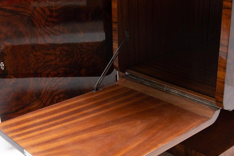 Bohemian Art Deco Walnut Veneer Sideboard or Buffet, 1930s For Sale 3