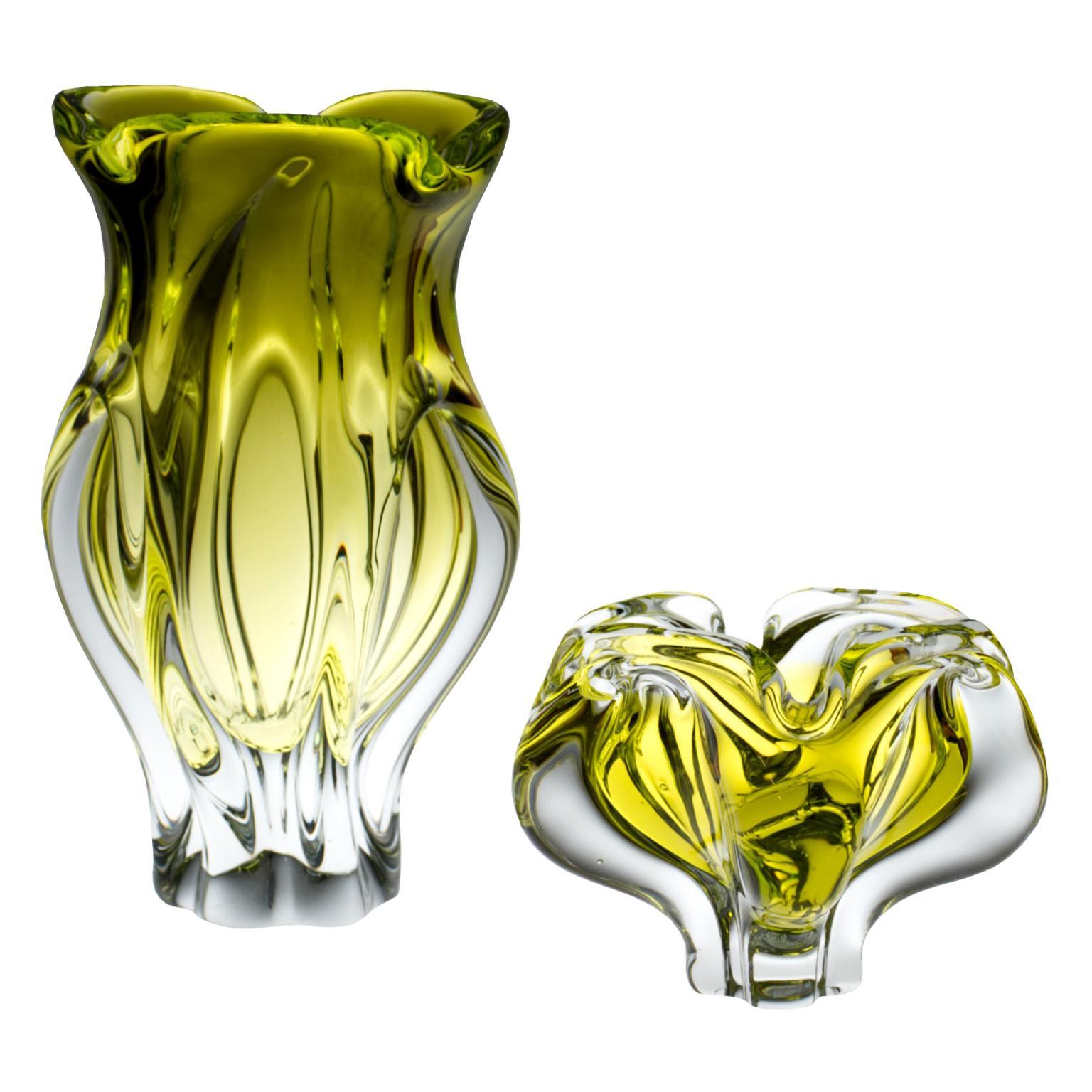 Bohemian Art Glass Vase and Ashtray by Josef Hospodka, Chribska Glasswork, 1960s