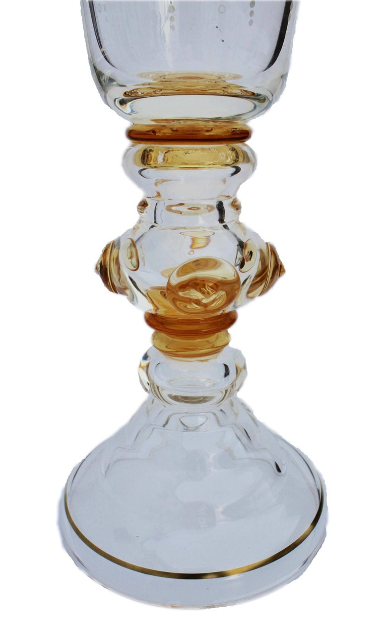Bohemian Glass Footed Jar with Gold Leaf Decoration In Good Condition For Sale In Verviers, BE