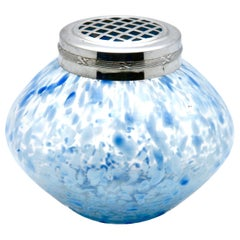 Bohemian 'Pique Fleurs' Vase with Grille, Flecked with Blue, Late 1930s