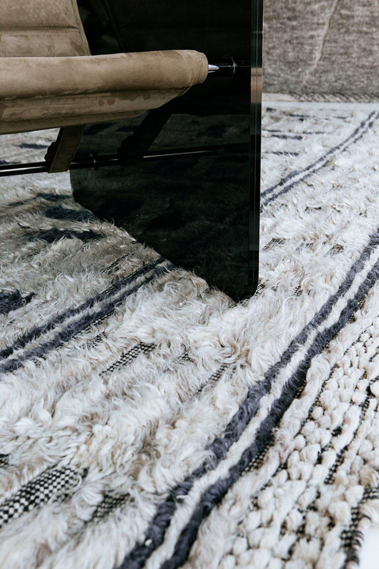 Fashion forward and trendy, Nazmiyal's modern rug collection is made using only the highest quality materials. The best designers have come together to create a collection with today's decor in mind. Easy to maintain, stylish, and current, modern