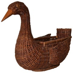 Boho Chic Decorative Handcrafted Woven Reed Brown Duck Basket, Animal Sculpture