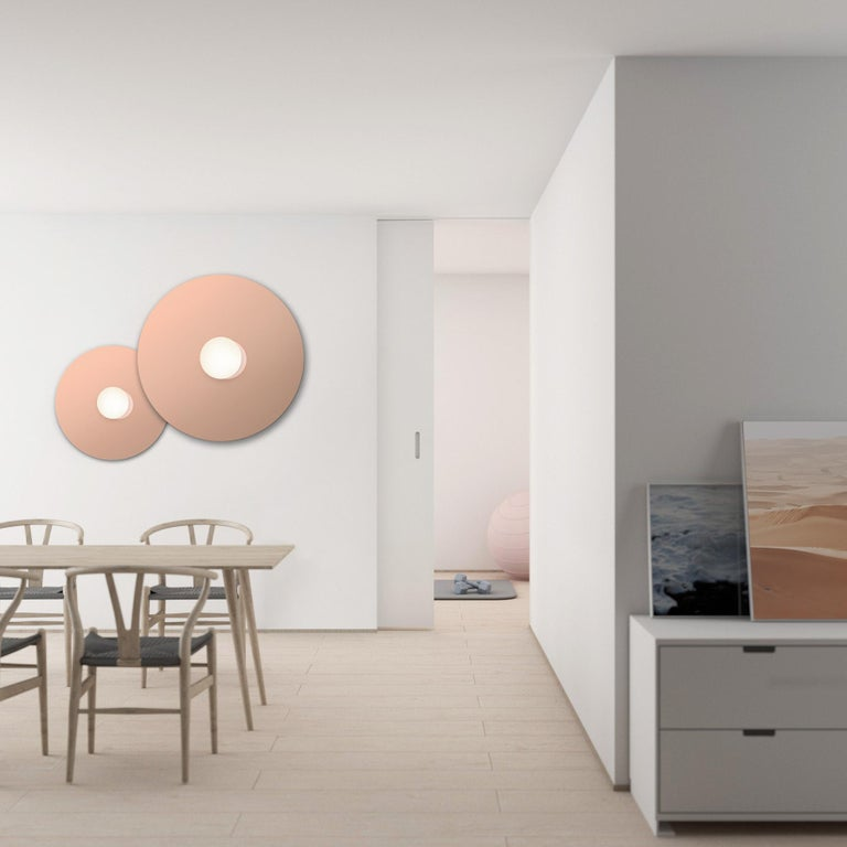 A study in refined simplicity, Bola Disc Flush offers a magical combination of mirror and globe refined down to its bare essentials. The objective with the Bola Disc Flush is to provide both direct and reflected light from either ceiling or wall
