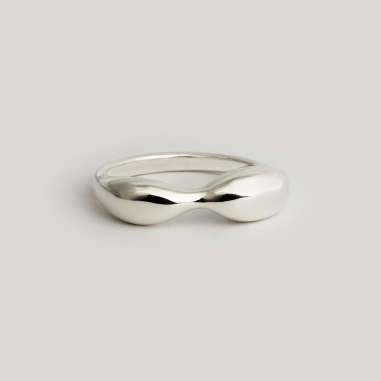 A humble dedication to the divine womanly figure. A gift to all my women. I designed this ring so that you see two profiles of a woman - a shapely body and a woman reclining. Send me a note if you see others!  MATERIAL ◘  Top form measures 7mm by