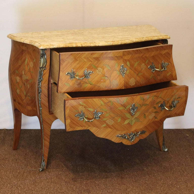 Bombe Commode D1 For Sale At 1stdibs