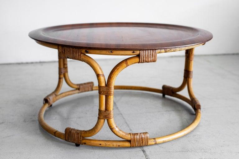 Mid-Century Modern Vintage Bonacina Coffee Table For Sale