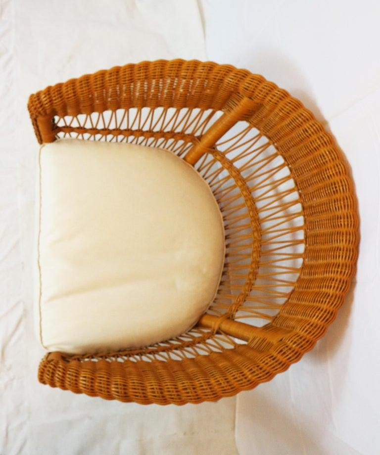 Bonacina Pair of Rattan Chairs, Designed Tito Agnoli, circa 1960s 4
