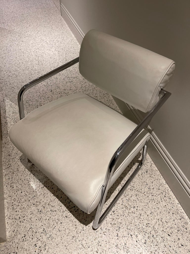 Eileen Gray, 1938  Bonaparte is one of the seldom cases in which the luxurious comfort of an upholstered chair has been successfully united with a tubular steel construction. The result communicates both ease and convenience. Actually conceived as