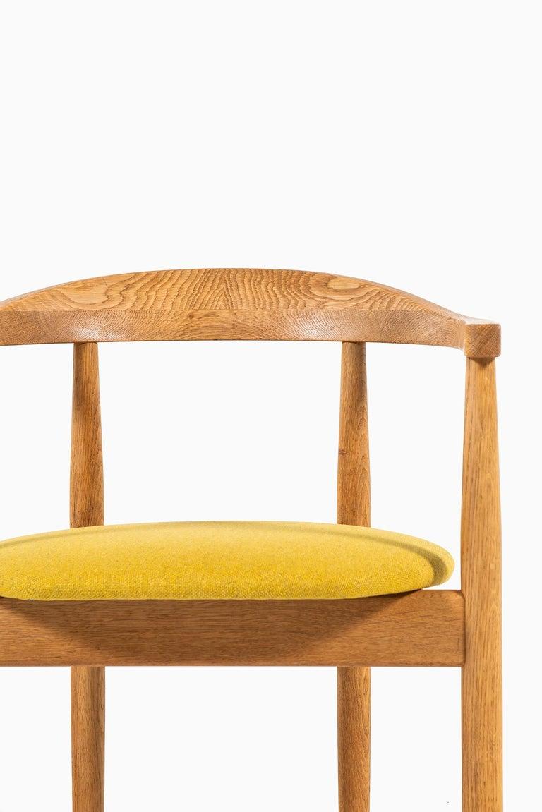 Scandinavian Modern Bondo Gravesen Armchairs in Oak by Bondo Gravesen in Denmark For Sale