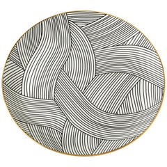 Bone China Dinner Plate with 22-Carat Gold and Black Decals Dhow Pattern