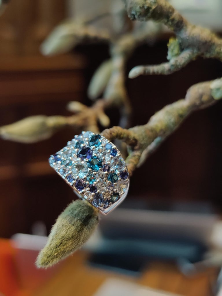 Contemporary Bonebakker 18 Karat White Gold Ring with Mixed Blue Gemstones and Diamonds For Sale