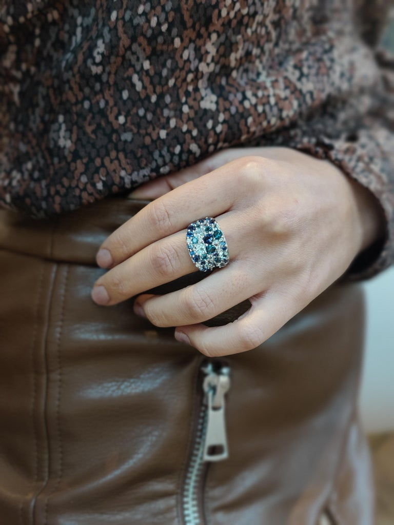 Bonebakker 18 Karat White Gold Ring with Mixed Blue Gemstones and Diamonds In New Condition For Sale In Amsterdam, NL