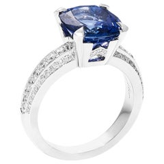 Bonebakker Tanzanite and Diamond White Gold Ring Bridges of Amsterdam Collection