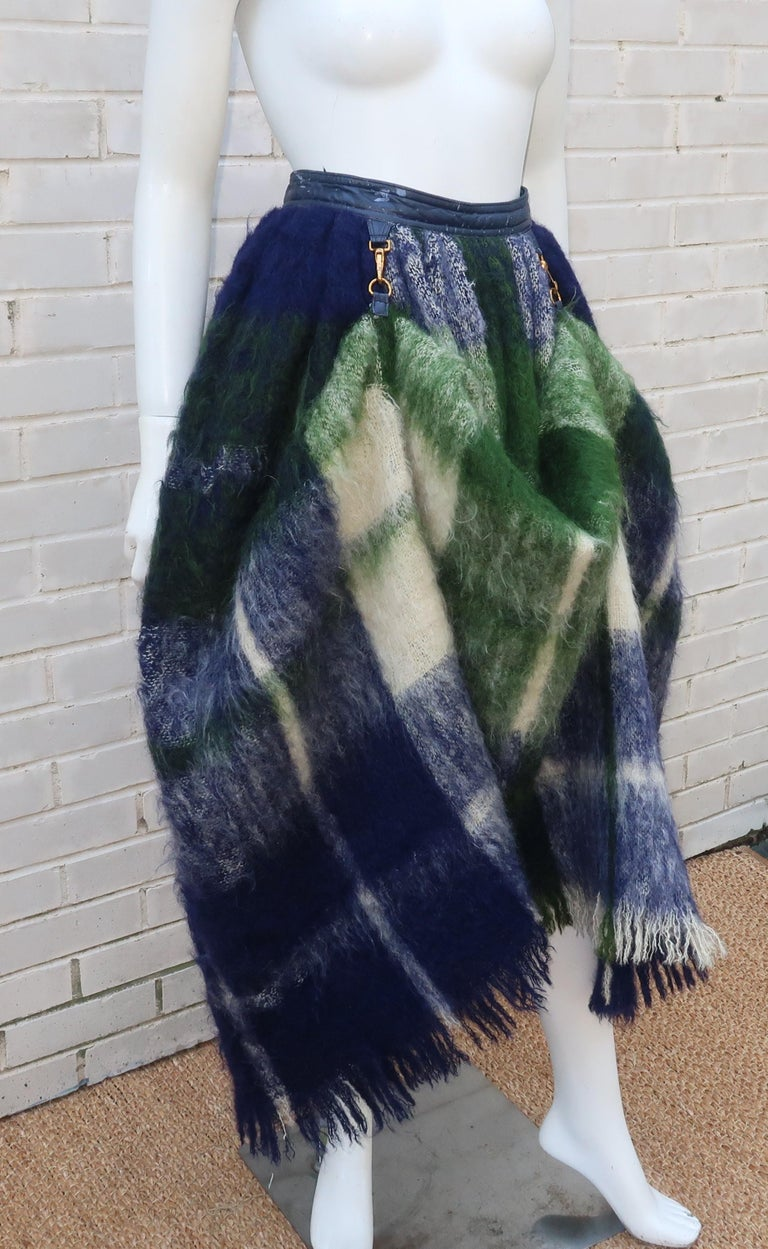 Bonnie Cashin Dog Leash Skirt in Blue & Green Plaid Mohair, 1950's In Fair Condition For Sale In Atlanta, GA