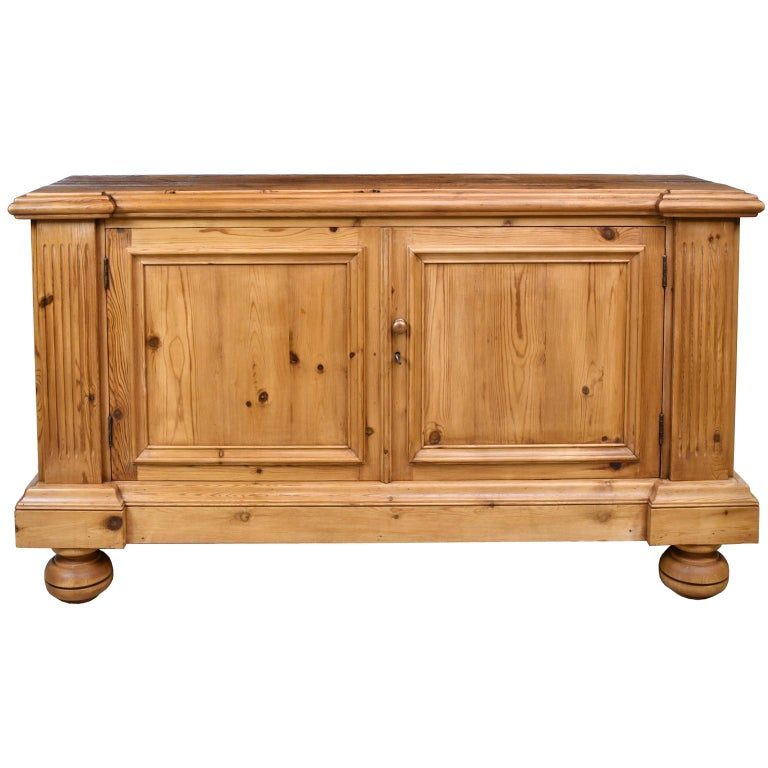 Bonnin Ashley Custom-Made Neoclassical Cabinet in Reclaimed European Pine In Good Condition For Sale In Miami, FL
