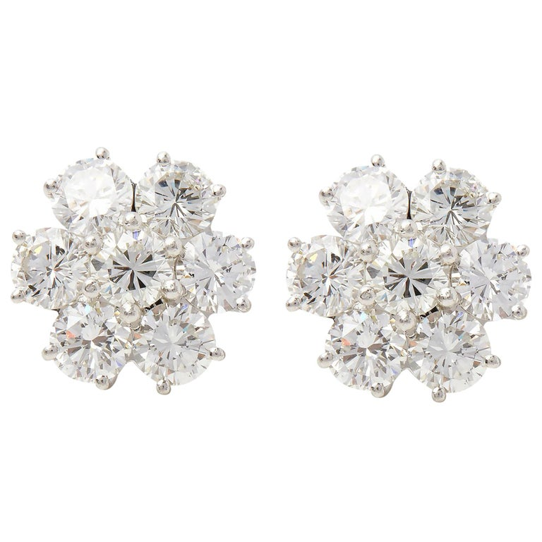 Boodles 18 Karat White Gold Diamond Cluster Stud Earrings For Sale