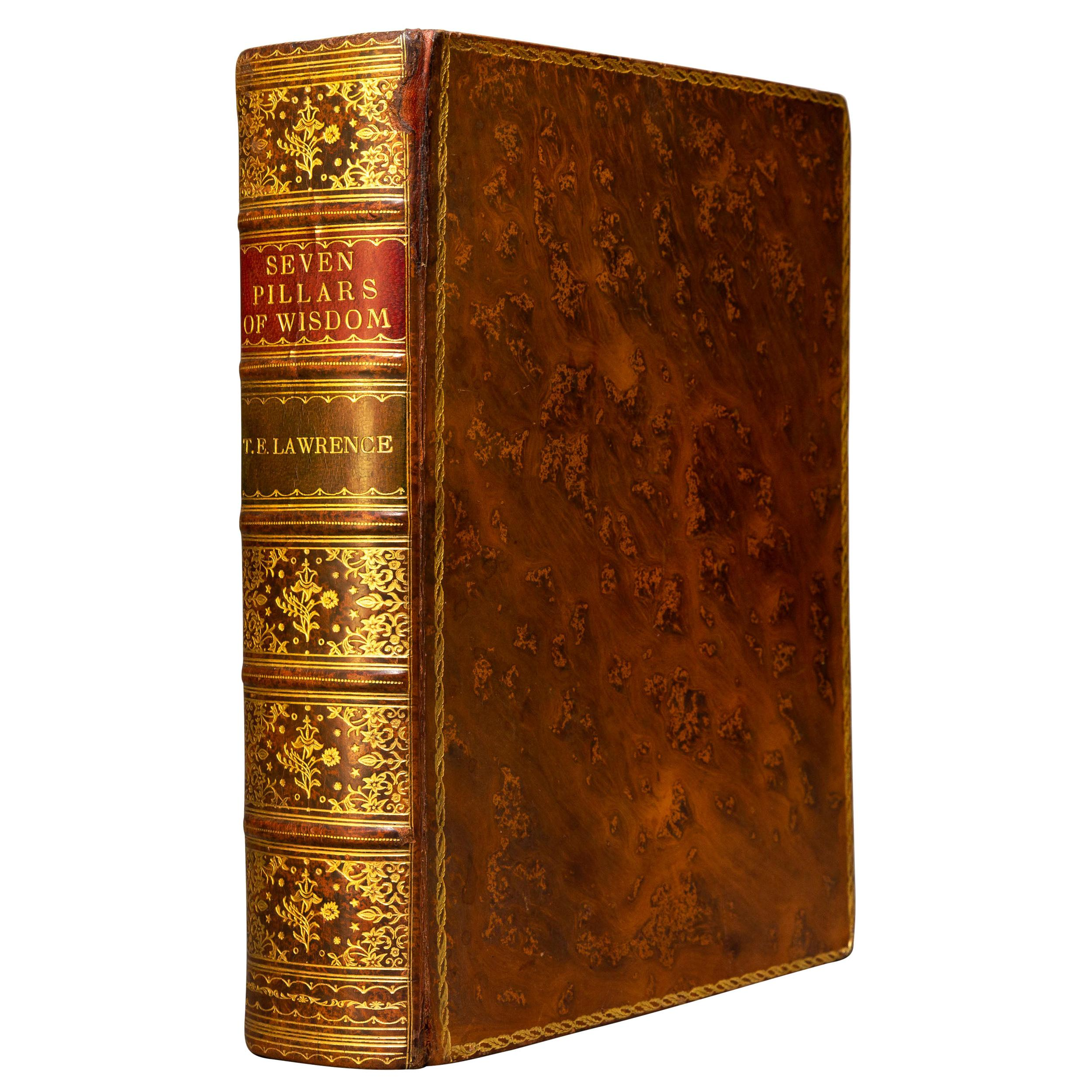 'Book Set' 1 Volume, T.E. Lawrence, Seven Pillars of Wisdom, A Triumph