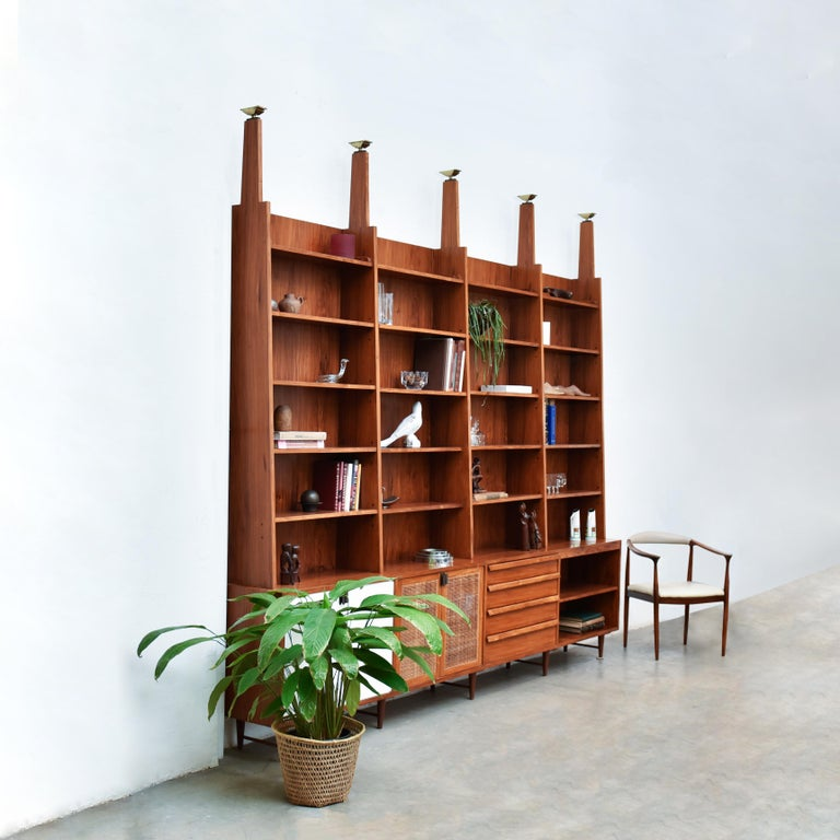Mid-Century Modern Bookcase by Teperman 50's For Sale