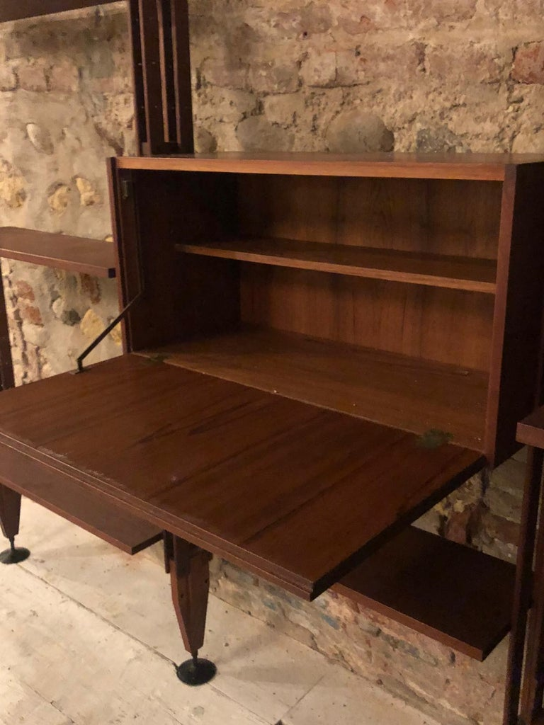 Italian Bookcase Franco Albini Model LB7 For Sale