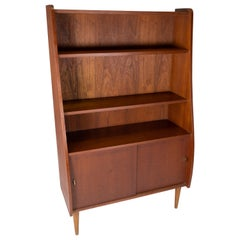 Bookcase in Teak of Danish Design from the 1960s