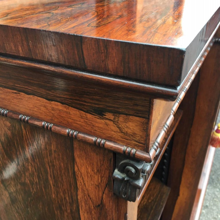Veneer Bookcase Regency, English, Rosewood, Early 19th Century For Sale