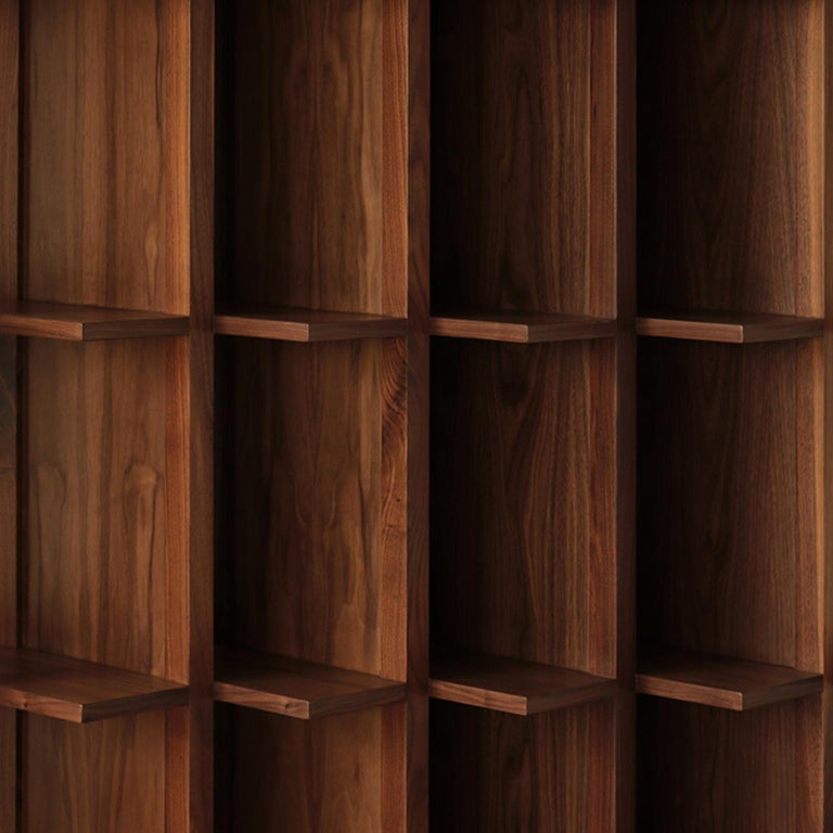 Bookcase and Space Divider Transversal, Made of Walnut and Tzalám Solid Wood In New Condition For Sale In Mexico City, MX