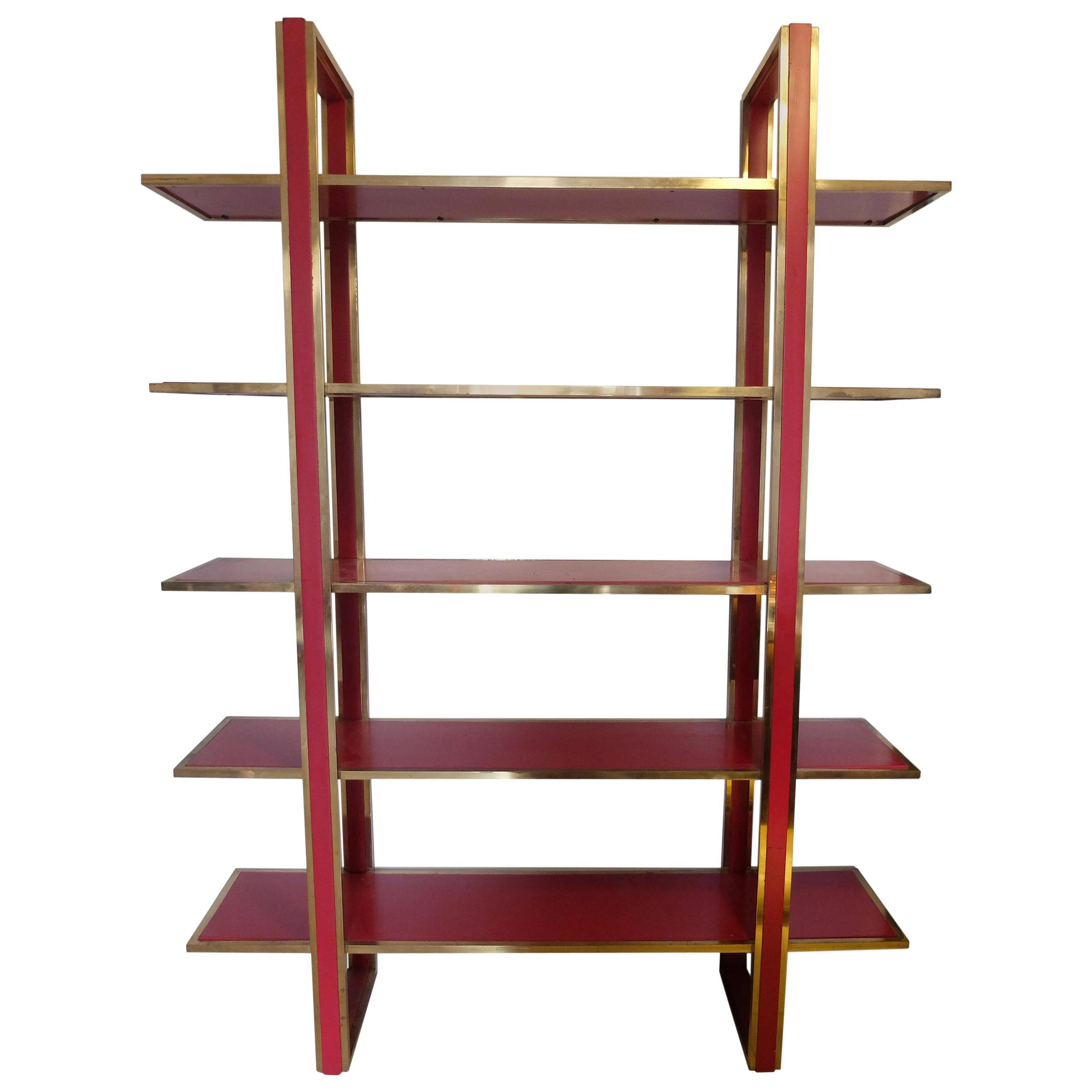 Italian Mid-Century Bookshelf in Brass and Red Lacquered Wood, Romeo Rega, 1970s