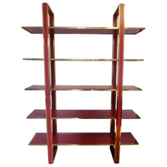 Italian Mid-Century Bookshelf in Brass and Red Lacquered Wood, Romeo Rega, 1970s