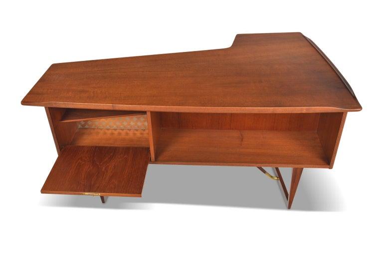 Boomerang Desk in Teak by Peter Lovig Desk For Sale 2