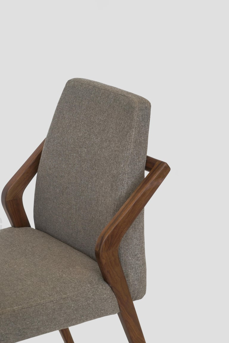 Boomerang Walnut Dinning Room Chair In New Condition For Sale In Mexico City, MX