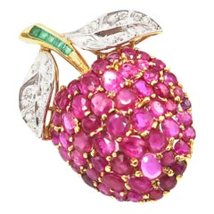 Boon Berry 15.5 Carat Ruby, Emerald and Diamond Gold Brooch
