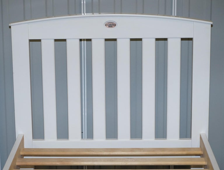 English Boori Country Collection White Painted Pine Single Children's Bed Frame For Sale