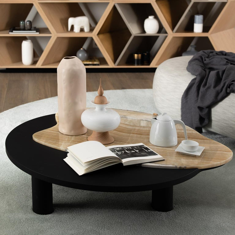 21st Century Contemporary Modern Bordeira Coffee Table Handcrafted in Portugal - Europe by Greenapple.     Bordeira Coffee Table Materials  Ttop in American oak veneer, open-pore black stained with matt finish and an inlay detail in polished Shadow