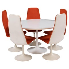 Borge Johanson White Dining Table and 5 Orange Viggen Dining Chairs, 1960s