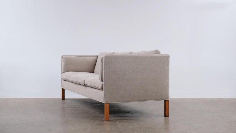 Børge Mogensen 2443 Sofa In Good Condition In Epperstone, Nottinghamshire