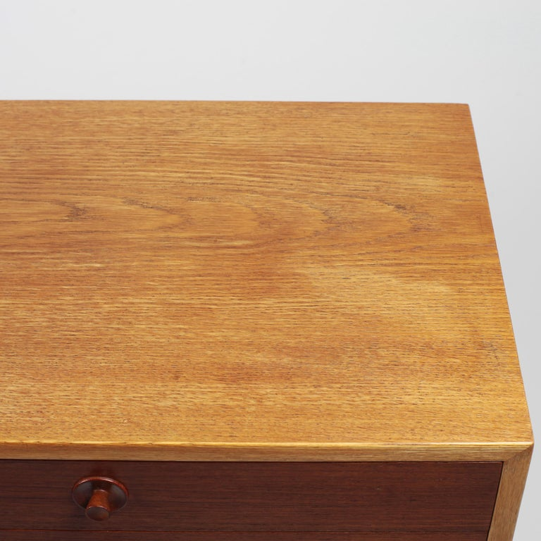 Borge Mogensen Chest of Drawers Oak and Teak For Sale 5