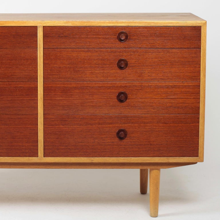 Borge Mogensen Chest of Drawers Oak and Teak For Sale 8