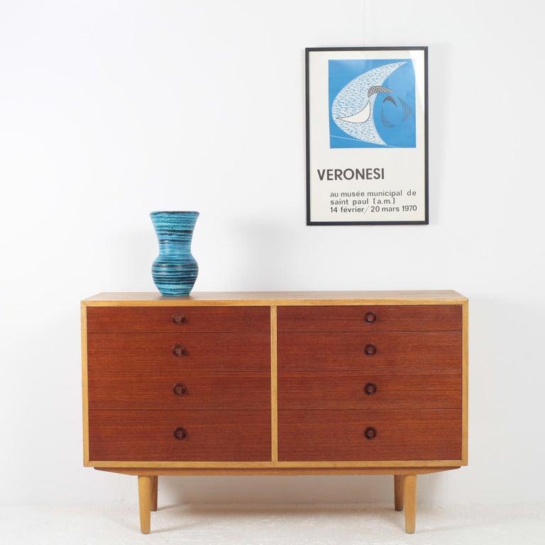 Scandinavian design commode by Borge Mogensen for Karl Andersson's Brabohag, Denmark, 1960s. Oak and teak.