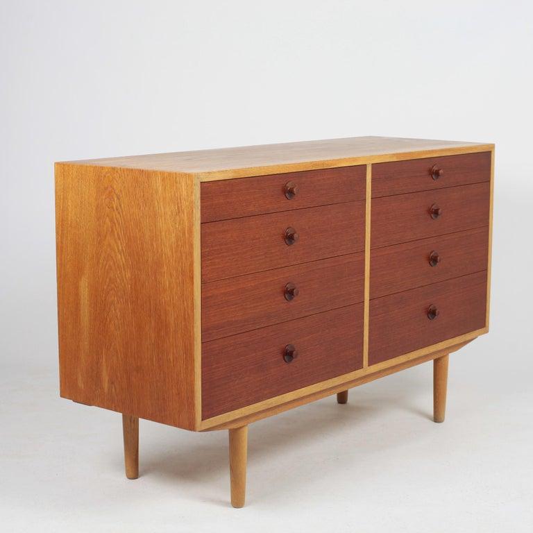 Scandinavian Modern Borge Mogensen Chest of Drawers Oak and Teak For Sale