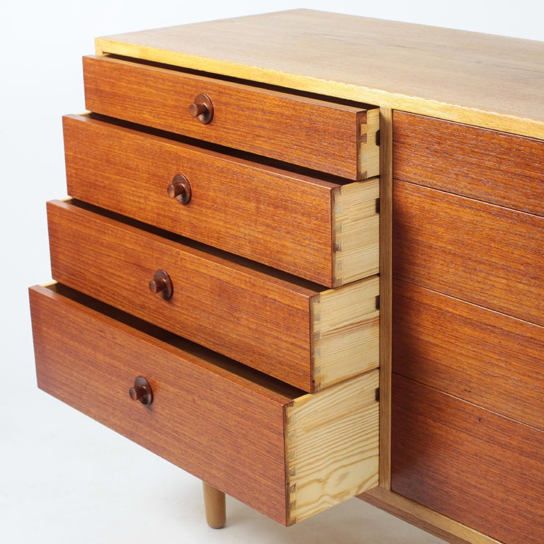 Mid-20th Century Borge Mogensen Chest of Drawers Oak and Teak For Sale