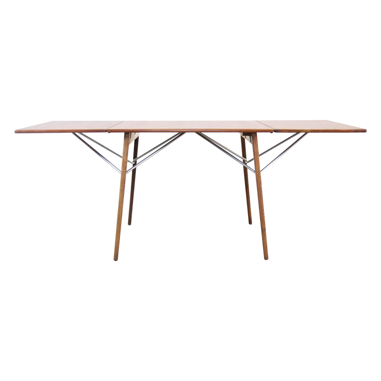 Borge Mogensen Drop Leaf Table in Teak and Oak by Soborg Mobler