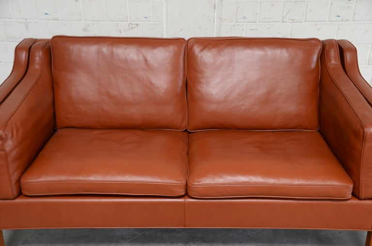 Borge Mogensen Leather Sofa Model 2212 Red Brandy Cognac for Fredericia In Good Condition For Sale In Munich, Bavaria