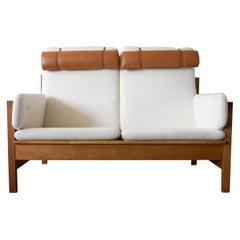 Borge Mogensen Model 225 White Sofa with Oak Frame